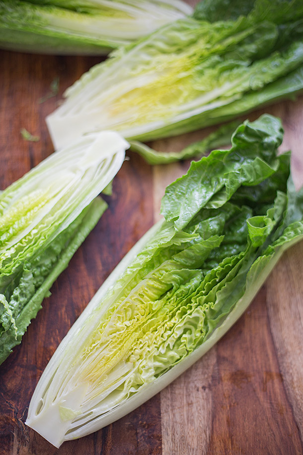 Romaine-Sliced-in-Half