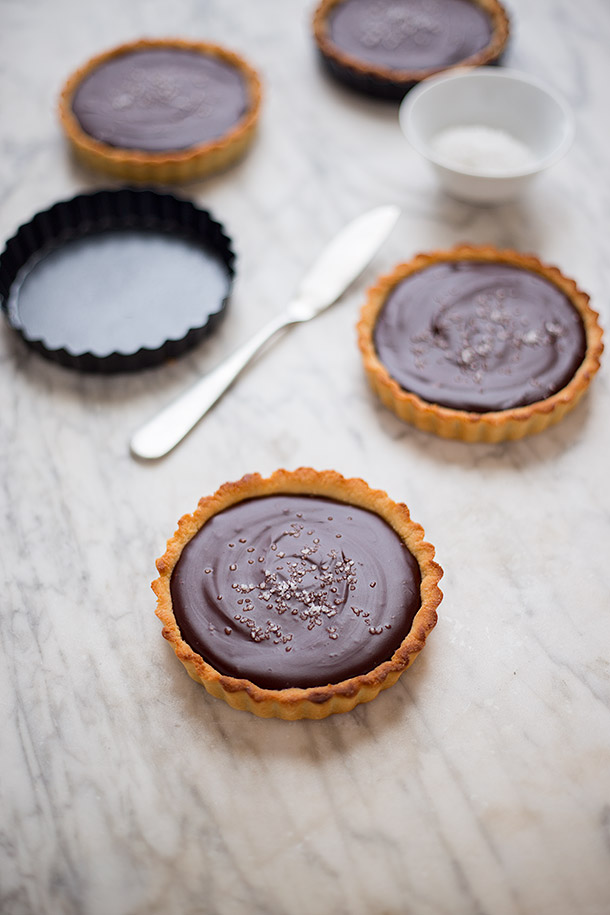 Salted-Mexican-Chocolate-Ganache-Tarts-from-Slim-Palate