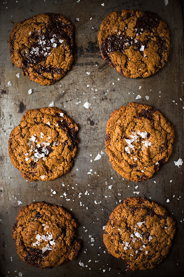 Chewy Dark Chocolate Chunk Cookies With Sea Salt