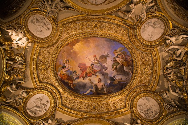 Gorgeous-Ceiling-at-Louvre