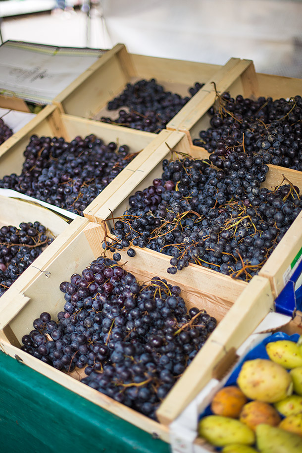 Grapes-at-Paris-Farmers-Market