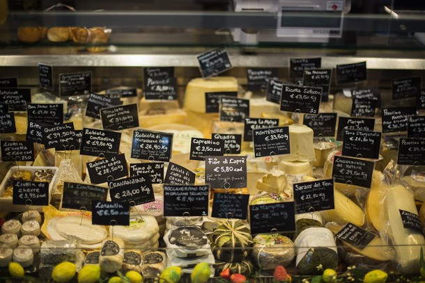 Cheese-at-Mercat-Florence