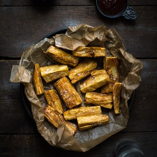 Yuca-Fries-with-Chipotle-Aioli-from-Slim-Palate