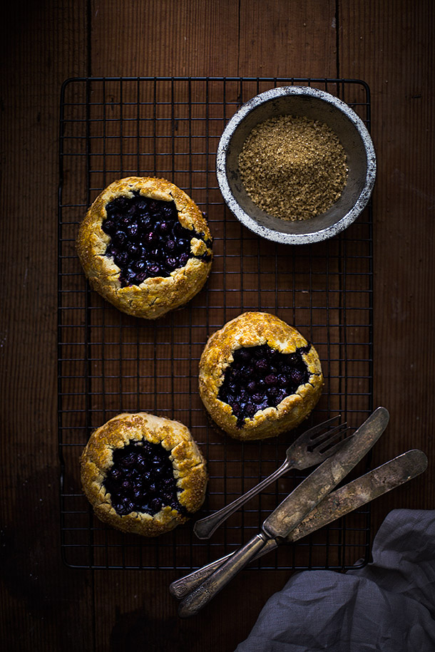 Mini-Blueberry-Galettes-from-Slim-Palate